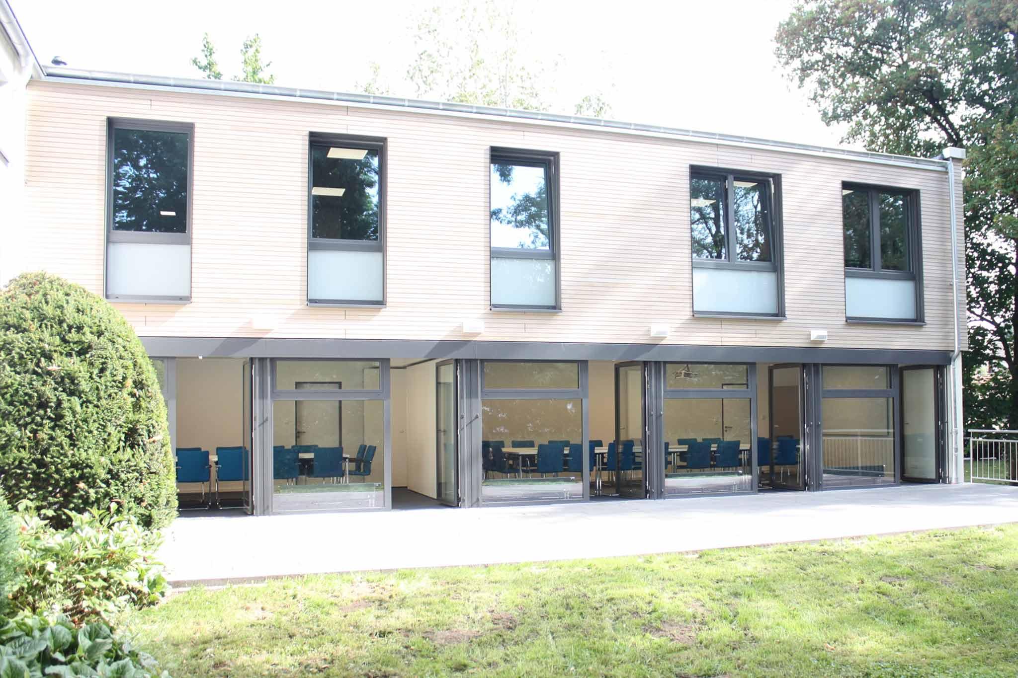Caritas Geschäftsstelle, Aufstockung und modernisierter Seminarraum